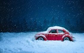 Natale al freddo e al gelo? Gli accessori auto che ti aiutano