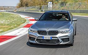 Una BMW M5 nelle mani di Alex Zanardi