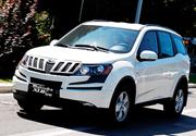 Nuovo Mahindra XUV500 in abito da lavoro