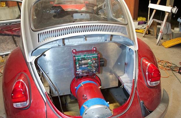 Retrofit elettrico: converte le auto e dà lavoro alle officine
