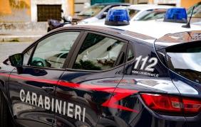 Scoperta base di ricambi rubati: due arresti