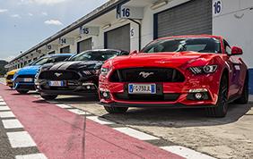 Ford Driving University: il corso di guida sportiva dell'Ovale Blu