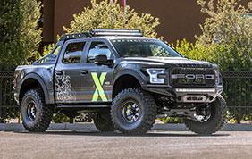 Una Ford F-150 Raptor per il lancio della Xbox One X