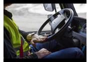 Volvo Trucks presenta 5 nuove funzionalità per operazioni su terreni sconnessi