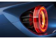 Ford accelera lo sviluppo di tecnologie industriali per la produzione di componenti in fibra di carbonio