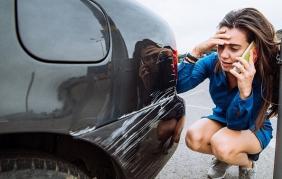 Danni ad auto in sosta: 1 automobilista su 6 scappa