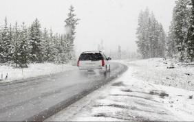 """Freddo e neve, ecco come tenere l'auto """"in forma"""""""
