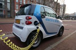 Auto elettrica: il Governo pensa a degli incentivi