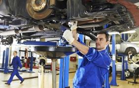 Manutenzione auto: più italiani vanno in officina