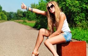 Autostop: chi lo fa viola la legge