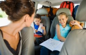 Bimbi in auto, rischiano  4 casi su 10