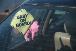 Bambini in auto: arrivano le soluzioni
