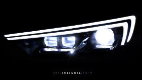 Guidare al buio è più facile con Opel
