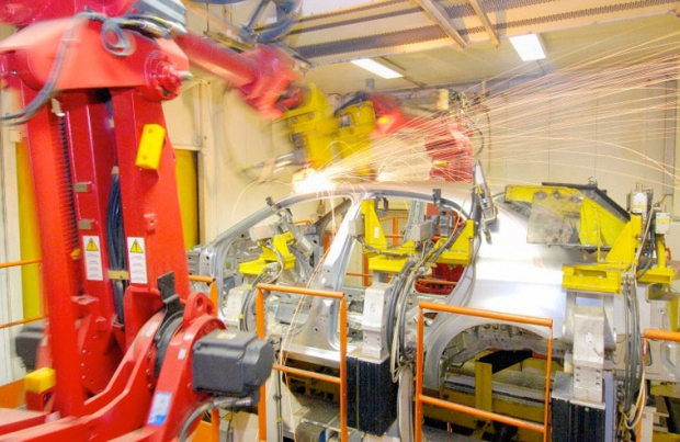 Con l'innovazione accelera la componentistica automotive