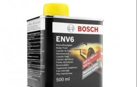 Più sicurezza con il nuovo liquido freni Bosch