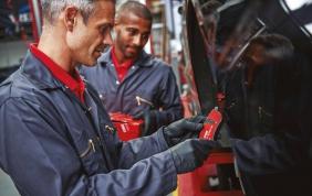 Manutenzione auto, il check-up di primavera secondo ZF