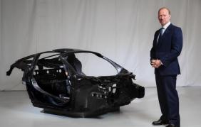 McLaren all'avanguardia nei telai in fibra di carbonio