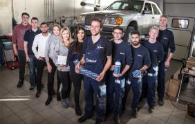 "Meyle equipaggia la Mercedes Benz W124 per ""Dust & Diesel"""