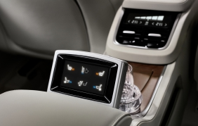 Da MTA il display touch per Volvo XC90