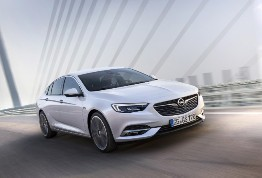 Addio al freddo grazie alla nuova Opel Insignia Grand Sport