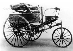 L'automobile compie 130 anni: ecco le curiosità