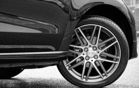 Caratteristiche e vantaggi degli pneumatici 4 stagioni