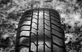 Compra sul web 300 pneumatici ma gliene arrivano solo 10