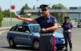 Ricambi sospetti trovati a bordo di un'auto