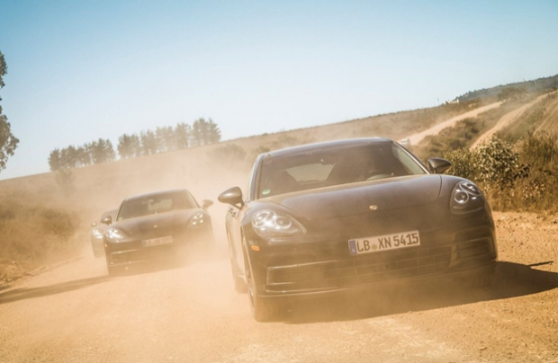 Nuova Porsche Panamera: un severo test nel Sudafrica