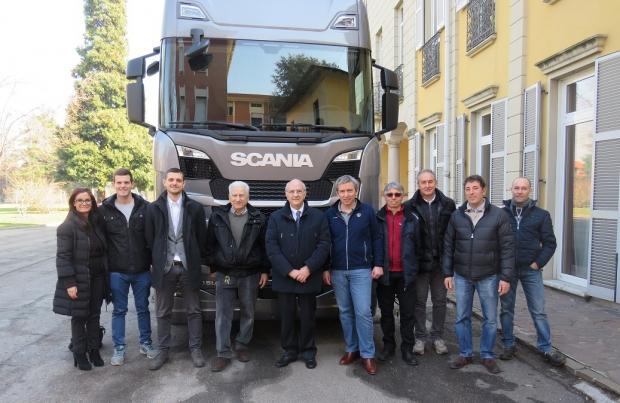 Scania in cerca dei futuri professionisti dell'autoriparazione