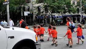 Il percorso pedonale casa-scuola diventa più sicuro grazie ad ACI