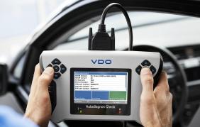 La manutenzione è ora più facile con Autodiagnos Check di VDO
