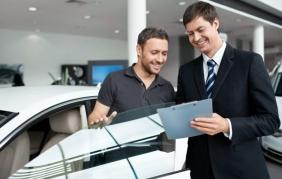 Il venditore d'auto? Oggi è bravo se è social