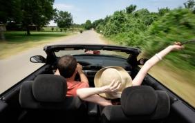 Come affrontare un lungo viaggio in auto?