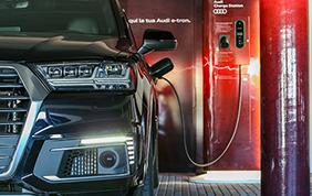Audi e-tron Hub: in Sardegna parte il progetto sulla ricarica elettrica