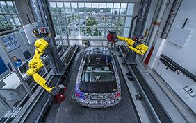 La digitalizzazione nei processi produttivi BMW