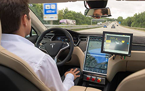 Bosch e TomTom collaborano insieme per la guida autonoma