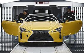Lexus LC: produzione curata nei minimi particolari