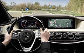 La guida autonoma sulla nuova Mercedes-Benz Classe S : intelligent drive next level