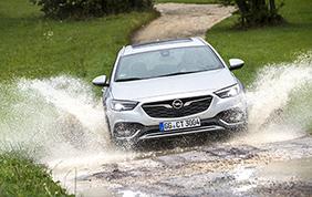 Opel Insigna Country Tourer: evoluzione fuori stagione