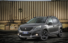 Peugeot 2008 Black Matt: vernice made in Italy