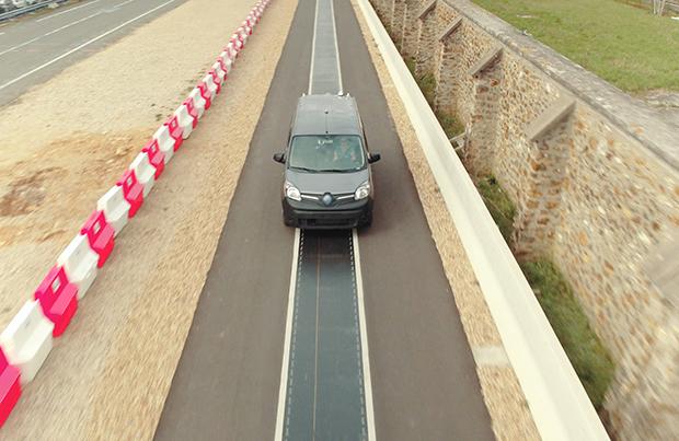 Sulla nuova Renault Kango Z.E si sperimenta la ricarica wireless