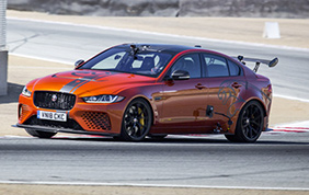 Jaguar XE SV Project 8: la berlina più veloce al mondo