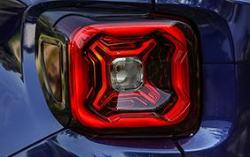 Al Parco Valentino anteprima mondiale della nuova Jeep Renegade