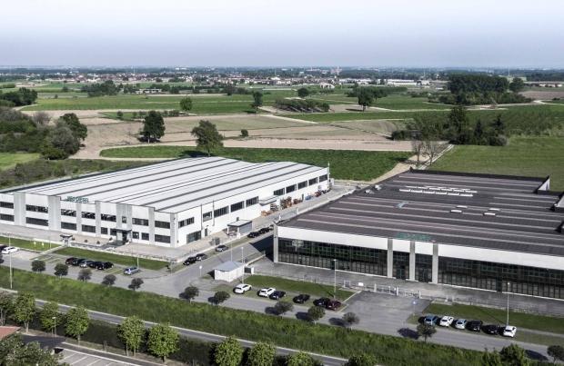 Mec-Diesel supera i confini italiani