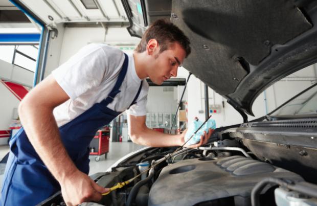 Lavoro: i meccanici tra i più difficili da trovare