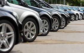 Mercato auto: la contrazione continua