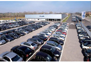 Cresce senza sosta il mercato italiano dell'auto