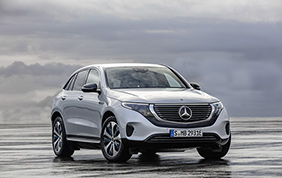 Mercedes-Benz EQC: largo all'elettrico