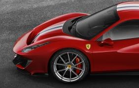 Michelin firma i pneumatici della nuova Ferrari 488 Pista